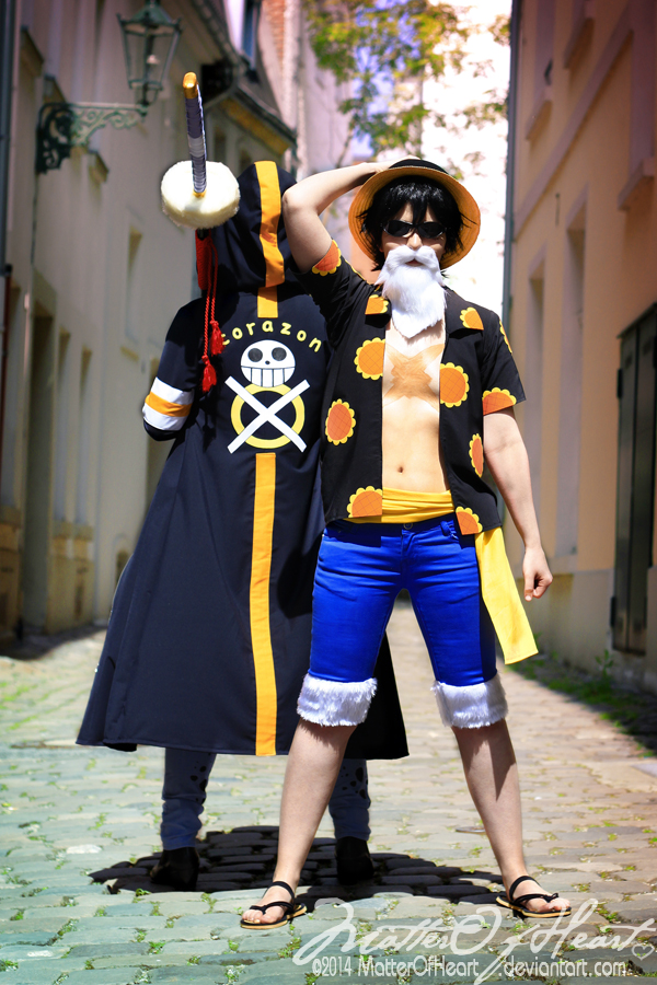 Luffy & Law Cosplay | ONE PIECE GOLD